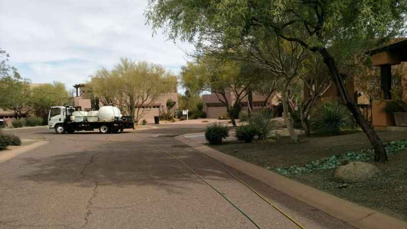 Glendale Residential Weed Control